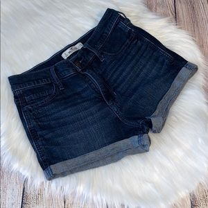 Hollister denim shorts size 5 waist 27